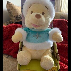 Disney Winnie the Pooh winter NWT Danawares